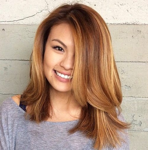 10 Medium Length Hairstyles That Will Make Your Face Look Slimmer